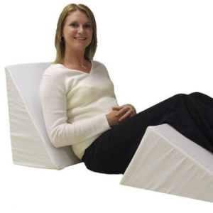 under the knee wedge pillows are good for people seeking for pain relief in their legs pregnant women may only need a slight incline and a gradual slope